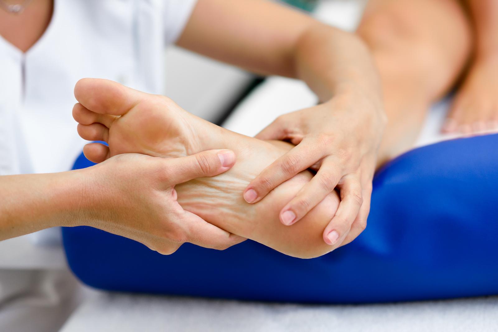 flat-feet-treatment-hypermobility