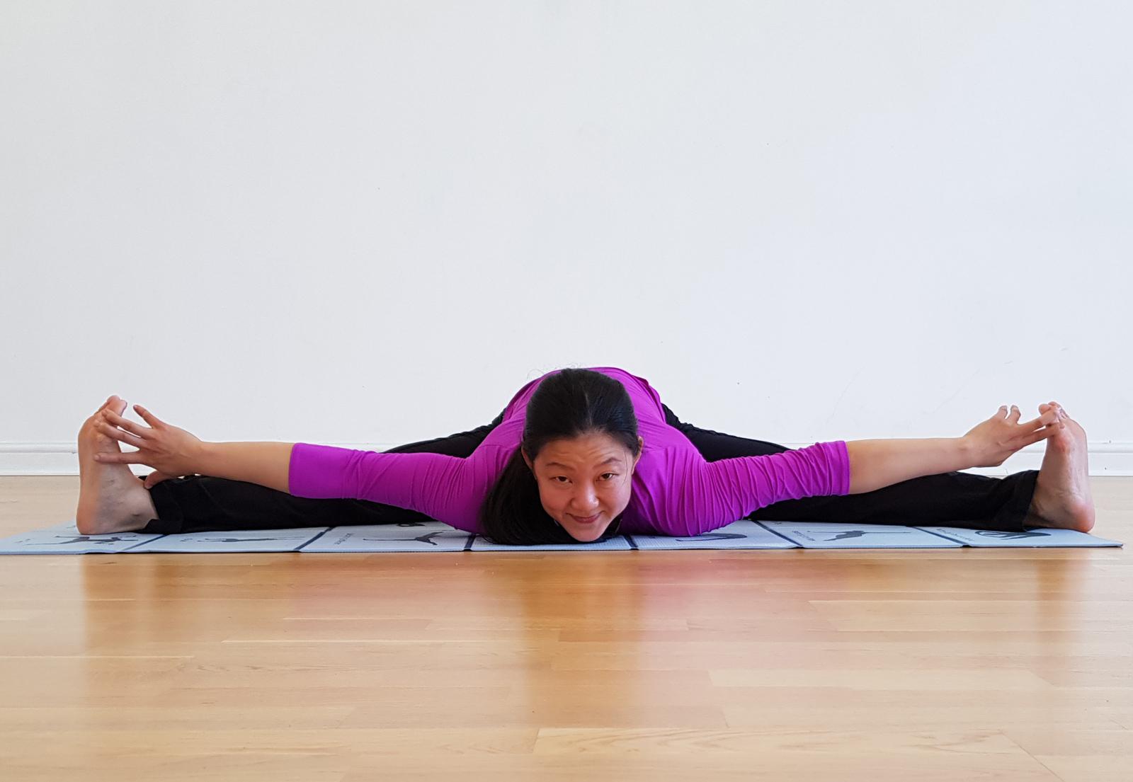 Moon Liew Yoga